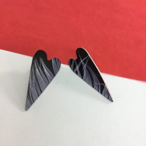'Feather' heart stud earring